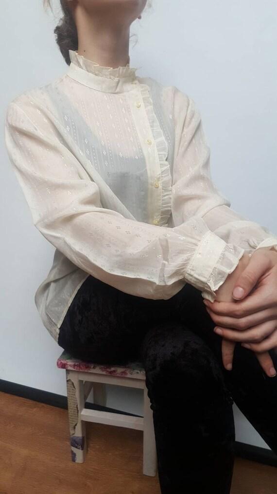 White vintage blouse made by Primavera Firenze ru… - image 9