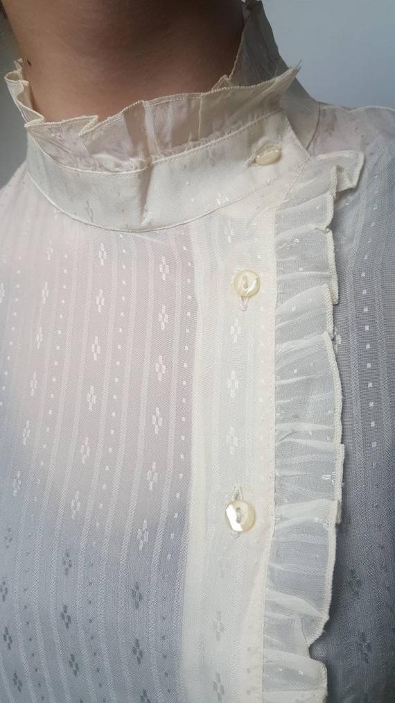 White vintage blouse made by Primavera Firenze ru… - image 4