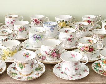 Mismatched Tea Cups and saucers, Vintage Teacups, Job Lot Tea Cups, English Teacups, 12 cups with matching saucer.