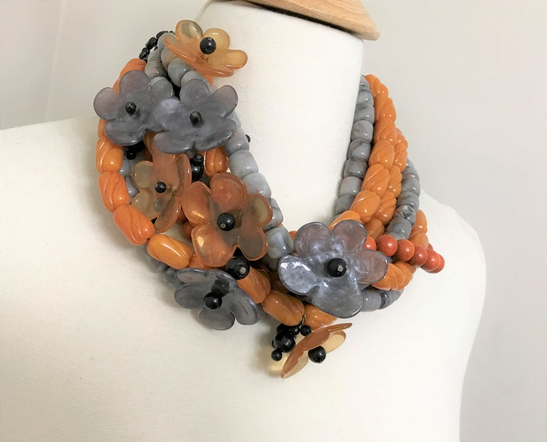 Acrylic /& Wood Beads Necklace Angela Caputi Fabulous Lucite Flowers