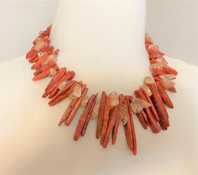 Vintage Semi Precious Stones /& Gold Dust Stones Necklace