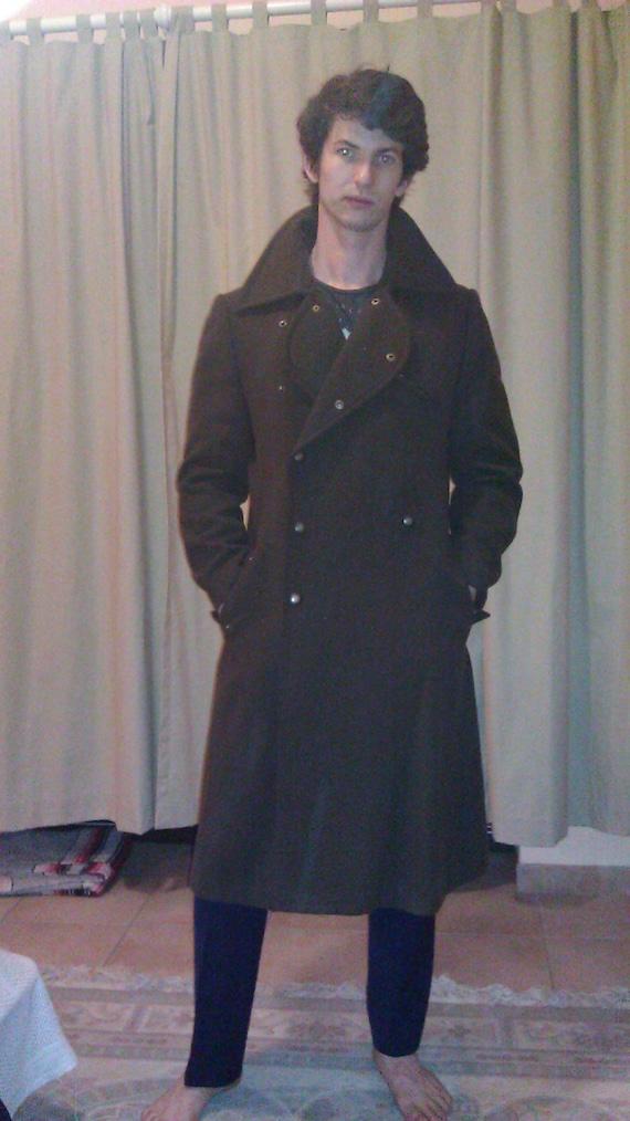 Ruben Torres overcoat.