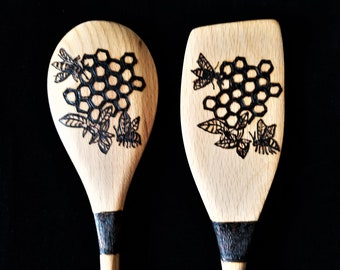 Wood burn spoons, bee decor, chef gift, cooking spoon, baking spoon, spoon set, housewarming gift, pyrography, wood spoons, farmhouse decor
