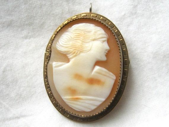Art Deco Cameo Brooch Antique Full Face Cameo Pin 1920/'s Lucite Plastic