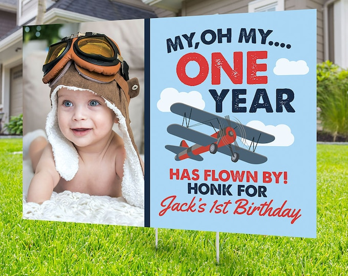 Happy birthday airplane Yard Sign, Digital file only, Honk outdoor sign, Quarantine Birthday , , Birthday Yard Sign, Happy Birthday Sign