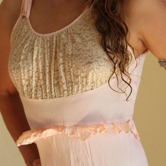 Vintage 40s Pale Pink Bias Slip Dess - image 4