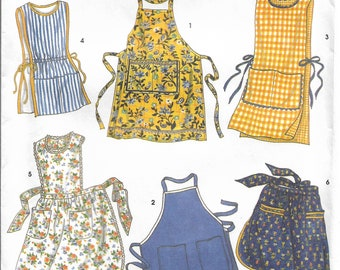 Vintage, NEW & UNCUT Simplicity Crafts # 8698 Sm-Lg for retro aprons just like Grandma used to wear! Apron style, Cobbler style, waist, 40's