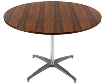 e9905b35925be Beautiful Conference   Dining Round Table