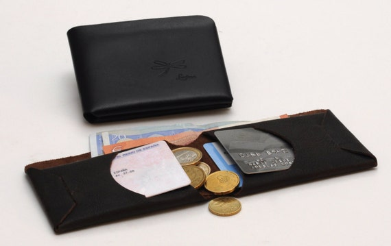 Minimal Leather Wallet, Mens leather wallet. Complete for credit cards and cash. Convenient and simple wallet, without seams or rivets.