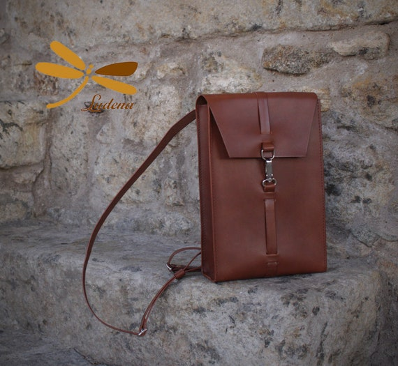 brown leather backpack for laptop, mens bag. This backpack is resistant, handmade with full grain leather.Backpack for laptop and folders.