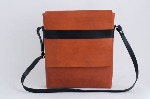 BlMens Messenger Bag - Messenger bag for men - Mens bag - Laptop bag - Ludena