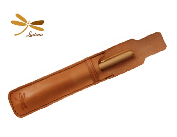 Leather case for your pens, Beautiful, elegant and soft case. Take care of your personal items with style, you can customize your case.