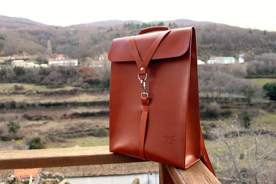 Custom backpack. Color natural Leather. Desing Ludena mens bag. Leather backpack for mens, leather school bag