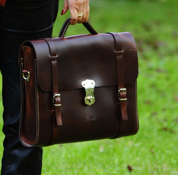 Leather laptop bag for men or women - Leather Messenger bag - handmade by Ludena with natural leather
