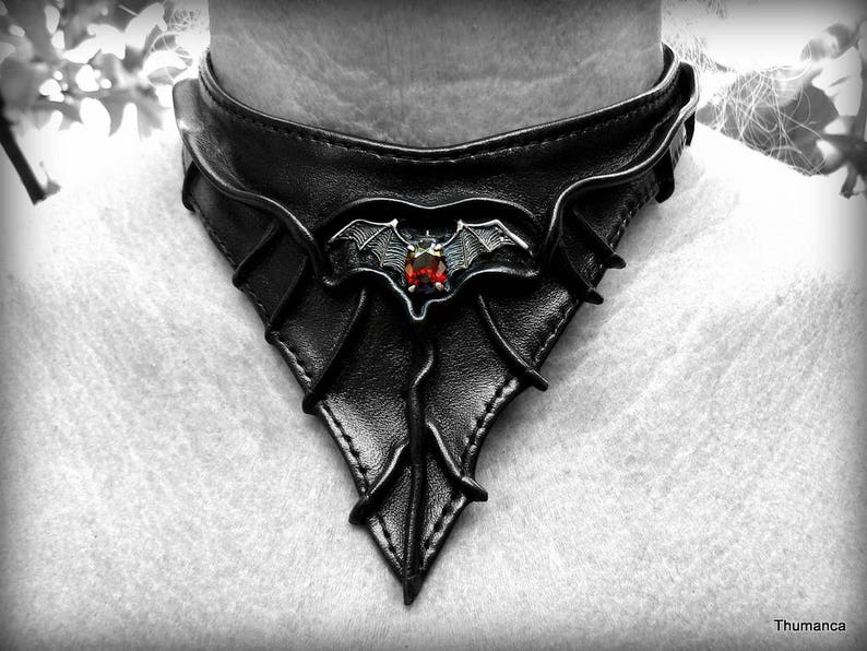 Leather High Quality Material And Performance Handmade Unique 925 Silver-Bat-Emblem With Garnet Choker Necklace