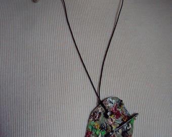 Necklace green bean leaf painter palette