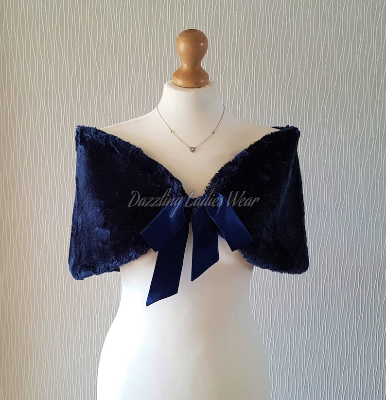 Navy / Dark Blue Faux Fur Stole With Ribbon UK 8-20/ US 4-16 / image 0