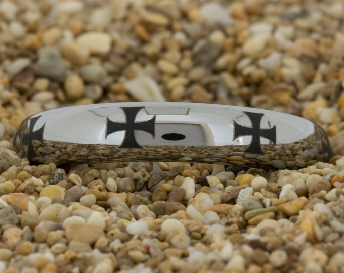 Tungsten Carbide (Free Inside Engraving) on a 4mm Tungsten Carbide comfort fit ring is all polished with a Black Maltese Cross Laser Design