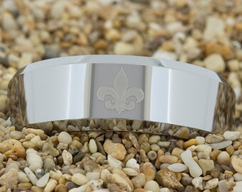 8mm Beveled-Tungsten Flor De Lis, Mens Tungsten Wedding Band, Tungsten Carbide Ring, Engagement Ring, Free Inside Engraving
