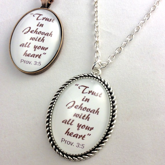 "JW Pendant, -Prov. 3:5, Red, Cream or Blue ""Trust in Jehovah..."", - Copper  or Silver Tone. English or Spanish, Blue Velvet Gift Bag"