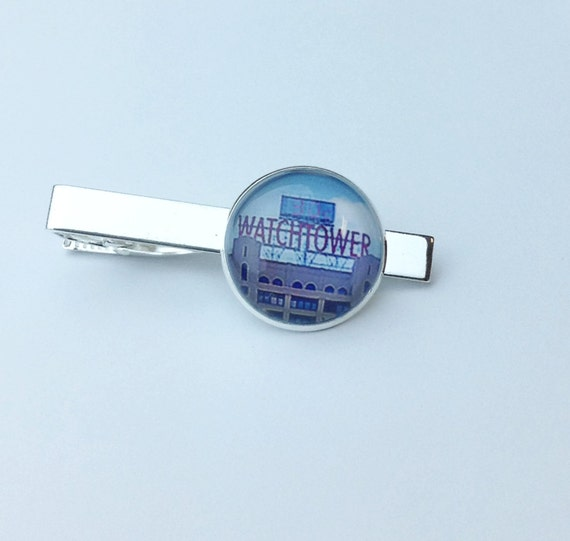 JW Color Watchtower Sign Tie bar in Silver-tone, 20mm  Blue velvet gift pouch included. (Tie bar only) #407