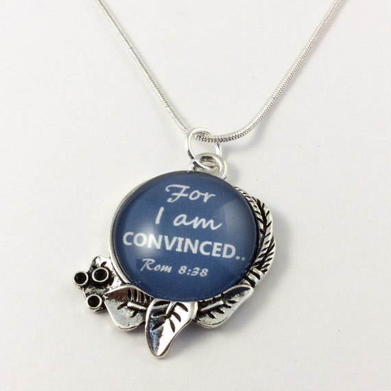 "JW ""For I an Convinced"" Circle Leaf Pendant with 18"" silver plated snake chain, Blue Velvet Gift Bag Included! (SKU 8)"