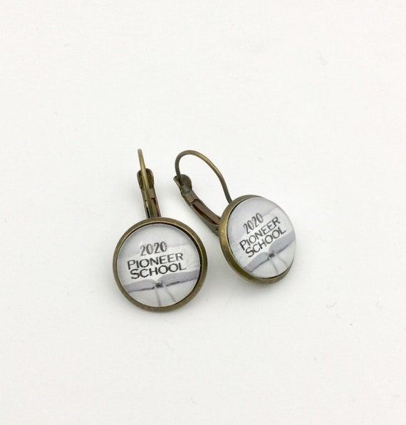 JW.ORG Lever-Back Earrings, Pioneer Scool 2020, Antique Brass or Silver tone metal. Choice of English or Spanish