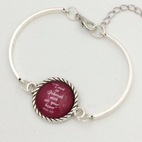 "JW Bracelet .   ""Trust in Jehovah"" Red. Silver-tone setting, Adjustable size. Blue Velvet Gift Bag! #111"