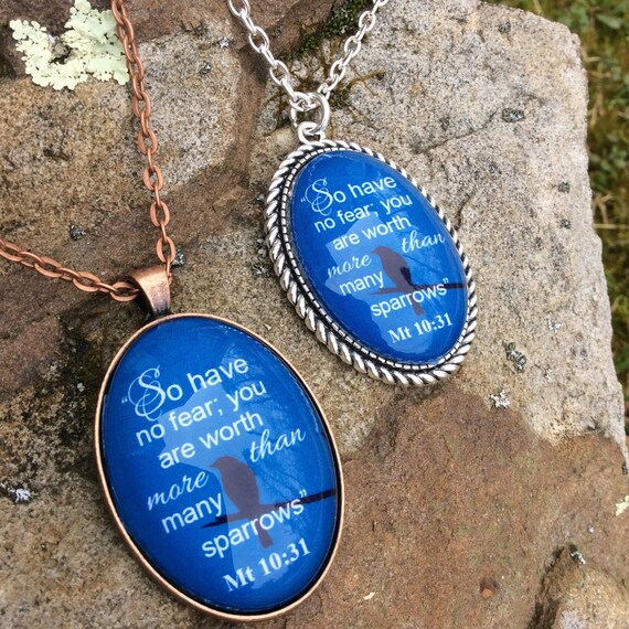 """JW Pendant  """"So have no fear..sparrows"""" Matt 10:31 NWT,  Copper or Silver plated Pendant 30mm x 20mm - Blue Velvet Gift Bag Included!"""