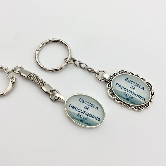 JW Pioneer School Class of 2018 Simple or Fancy Keychain .  English or Spanish. Great gift idea!