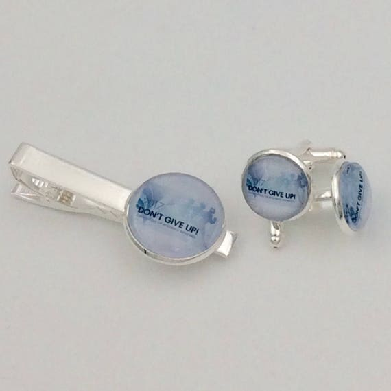 "JW ""Don't Give Up 2017"" Cufflinks /Tie bar Set 14mm /20mm Silver-tone and Glass.  Blue Velvet gift bag #406/ #407"