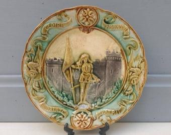 Joan of Arc / Jeanne d'Arc French antique / vintage ceramic / barbotine plate circa 1900.