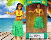 Dancing Hula Girl Dashboard Figurine Hawaiian Tropical Funny Lady Car accessories Moving Hard Vinyl Figure Cute Retro Chic