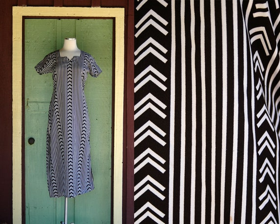 1990s Black and White Striped Graphic Maxi Dress /