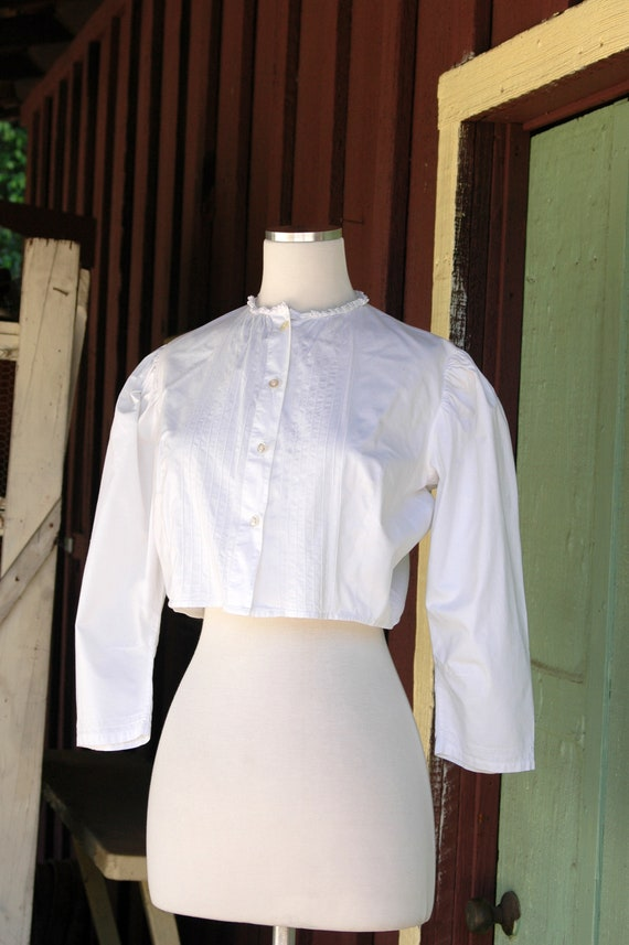 1970s 1980s Victorian Antique Inspired Cropped Bl… - image 4
