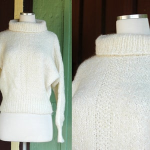 BEECH mod cozy and warm oversized winter pullover Chunky hand knitted sweater in wool and alpaca