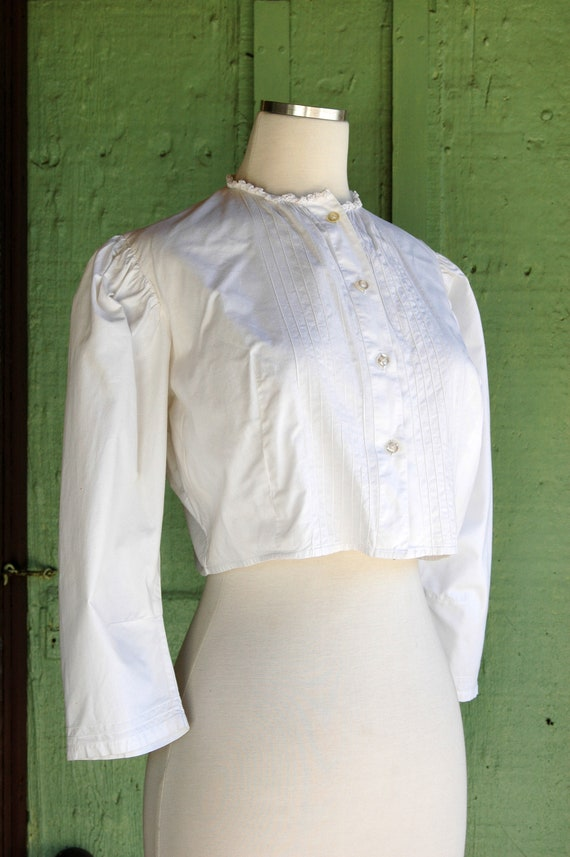 1970s 1980s Victorian Antique Inspired Cropped Bl… - image 7