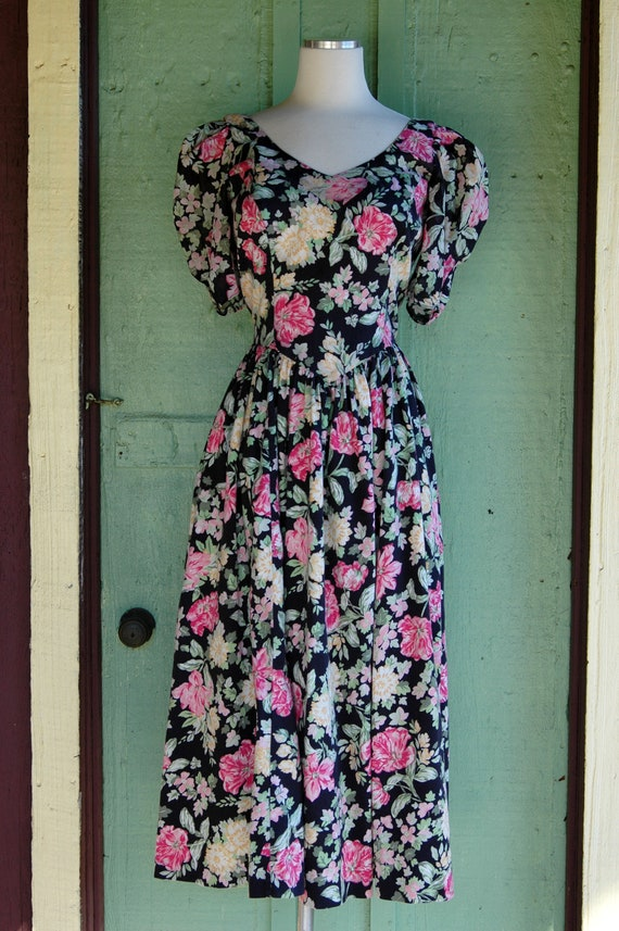 1990s Laura Ashley Pink and Yellow Floral Print D… - image 3