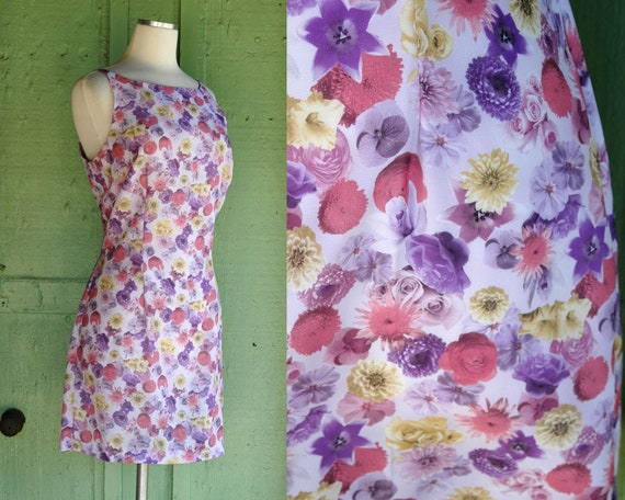 1990s Pastel Floral Print Short Dress // 90s Purpl