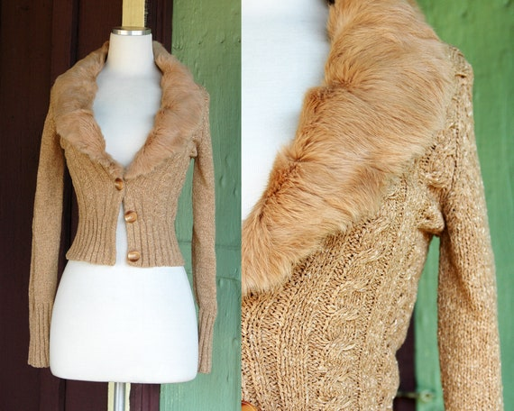 1990s 2000s Tan Cable Knit Cardigan Sweater with R