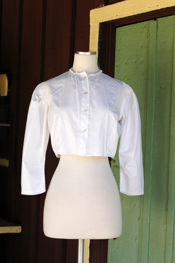 1970s 1980s Victorian Antique Inspired Cropped Bl… - image 2