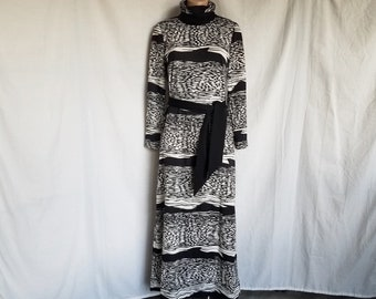 Vintage 1960's Mod Long Dress geometric Black and White Belted by Joan Curtis