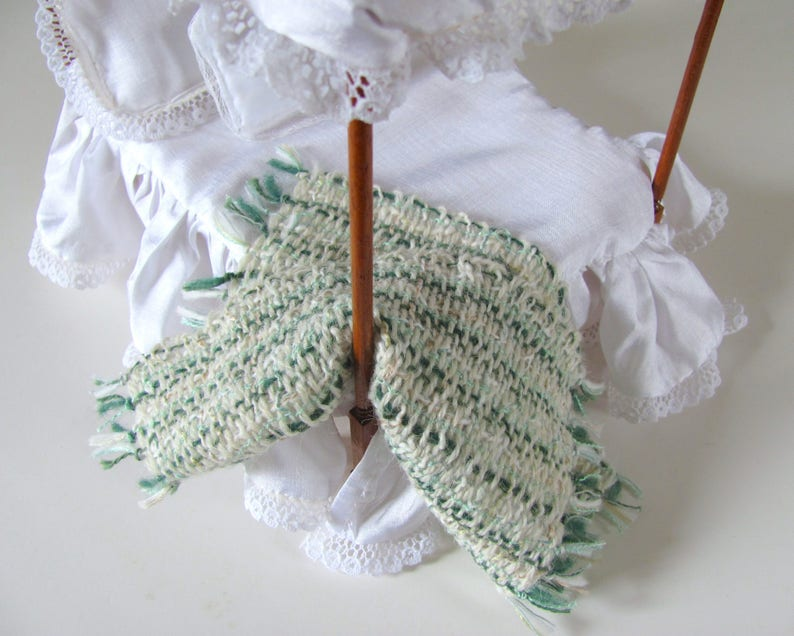 Light Green White 1:12 Dollhouse Miniature Bed Throw Blanket, Rustic Country Cottage Doll House Bedroom Decor Artisan Hand Woven Bedding