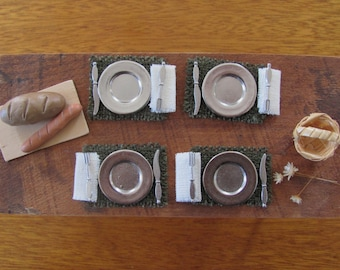 Dollhouse Placemats 1:12 Scale Miniature Handmade Artisan Furniture Fairy Doll House Rustic Cabin Farmhouse Woven Green Dining Table Linens