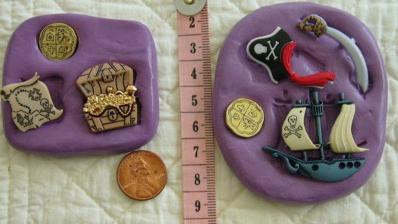 Pirate Ship Silicone Mold Fondant Chocolate Polymer Clay Craft Hat Treasure Chest Map Saber Doubloon Cake Tool Cupcake Topper