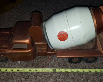 SALE!! 1950s Structo Mixer Truck Save 80 dollars!