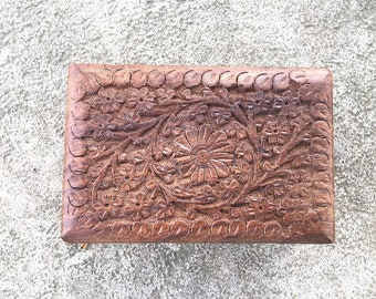 Carved Wooden Trinket Box Flower Pattern