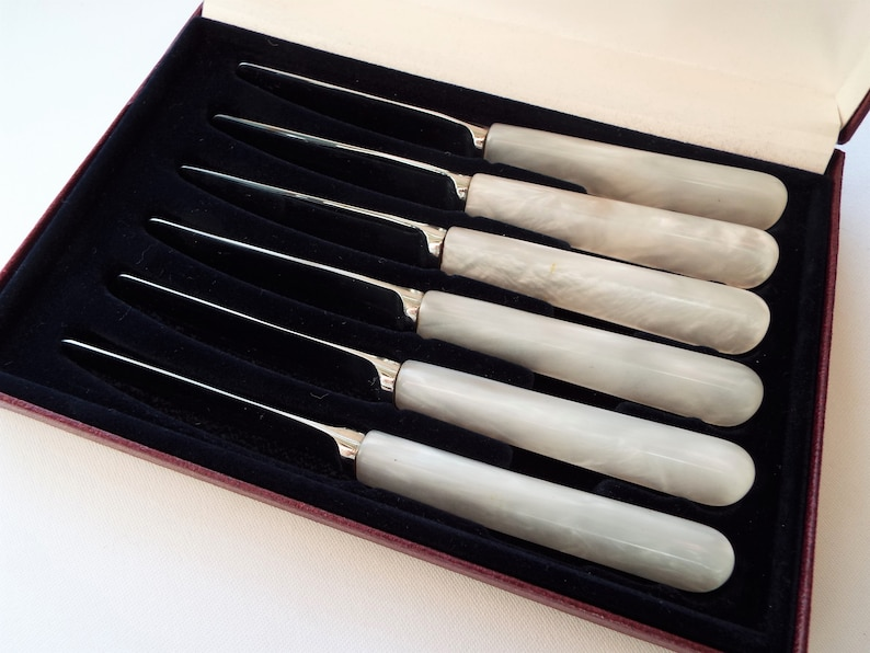 Vintage Butter Knives With Opalescent Plastic Handles. 1960s image 0