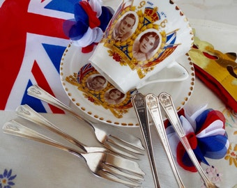 Vintage Cake Forks. Commermorative George VI Pastry Forks. Set of Six Silver Plated Vintage Dessert Forks. Great For An Afternoon Tea Party