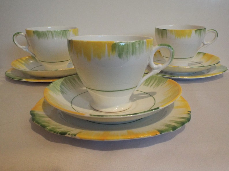 Vintage Green And Yellow Teacup Trio Art Deco Style. 1930s image 0